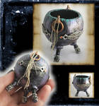 Mini Celtic Fairy Cauldron