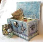 Miniature Fairy Magic Chest by grimdeva
