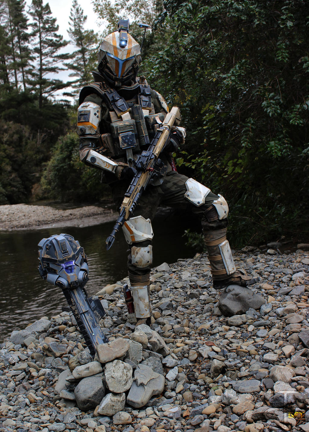 titanfall 2 holo pilot cosplay andrewdft by cpcody on