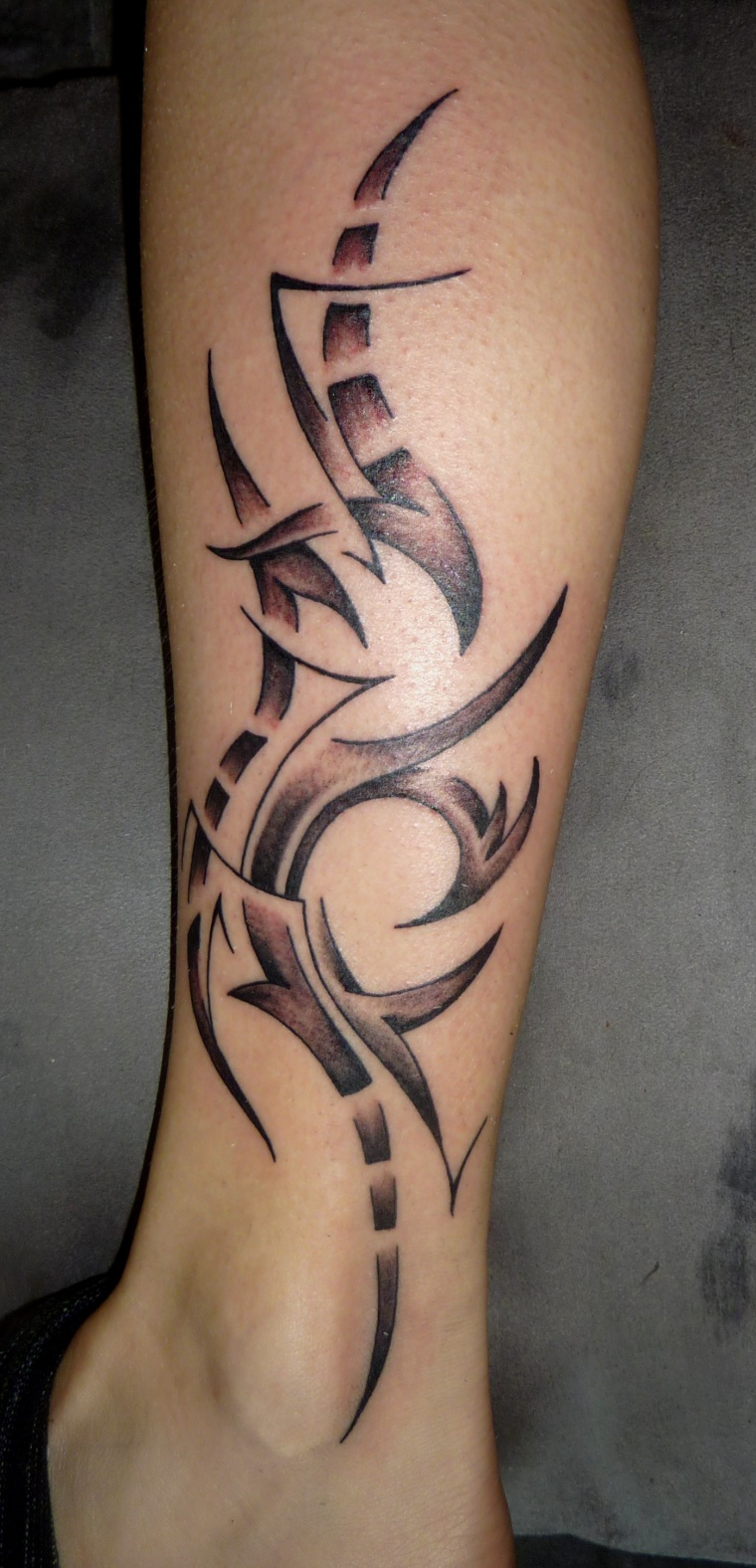 abstract tribal tattoo by D3adFrog