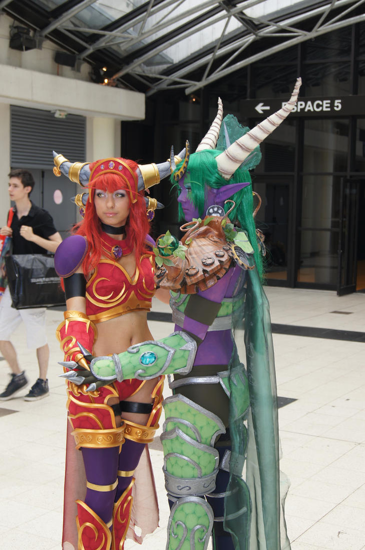 Cosplay au Japon. Le best of!!! - Page 3 Cosplay_japan_expo_2012_by_two_wan-d5865vf
