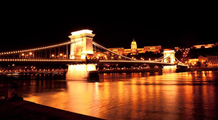 Night Budapest by DashaBezina