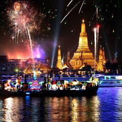 Fireworks at Wat Arun - Happy New Year ! by foureyes