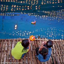 Loy Kratong - Thai Lantern festival