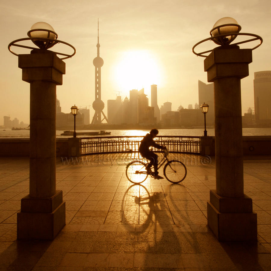 Huangpu river by foureyes