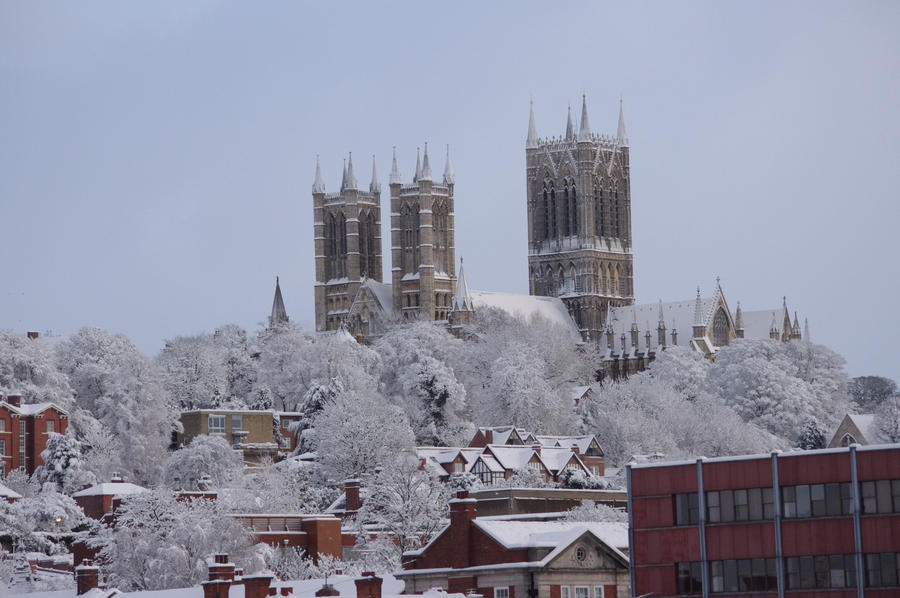 Lincoln Cathedral In The Snow2 By Mightyjoeyoung1991 On