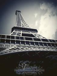 Tour Eiffel by dandelioncorona