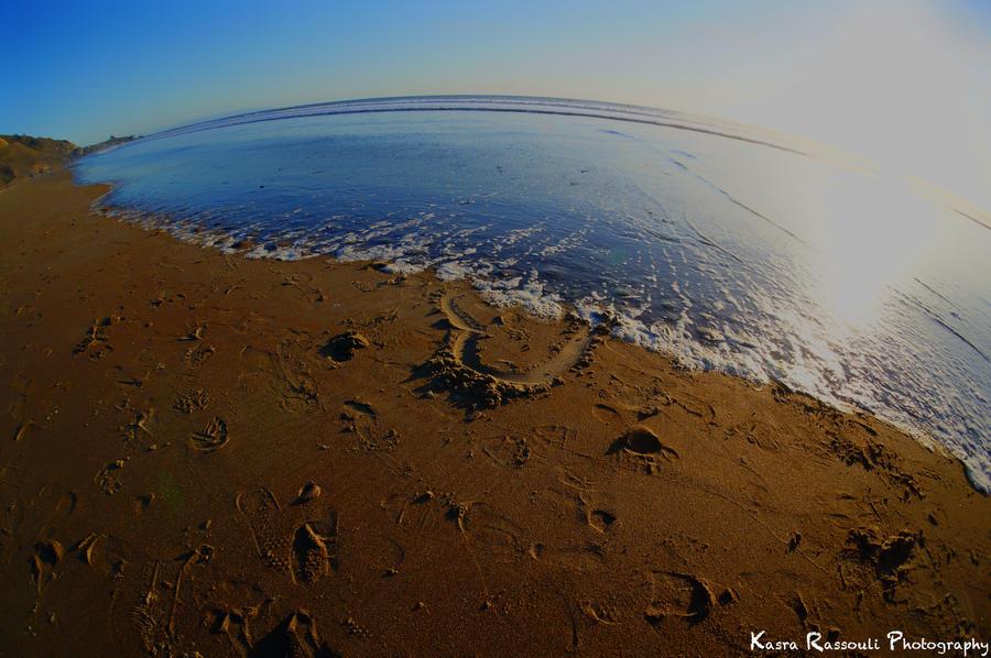 Love washed ashore by KasraRassouli