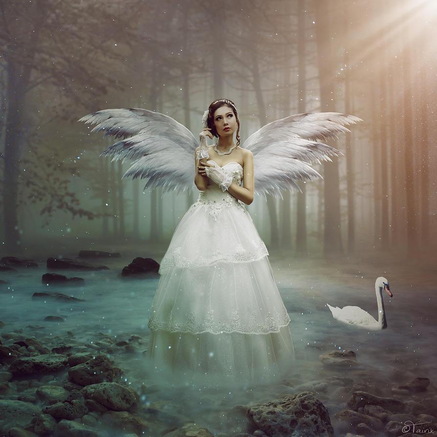 Pretty Angel by Tairix