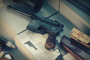 Mauser C96 by pete-c-89