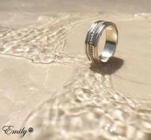 Polygon Ring by ArafelShadow