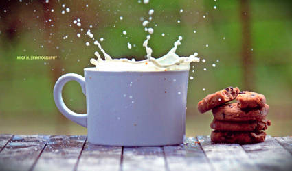 milk explosion and cookies