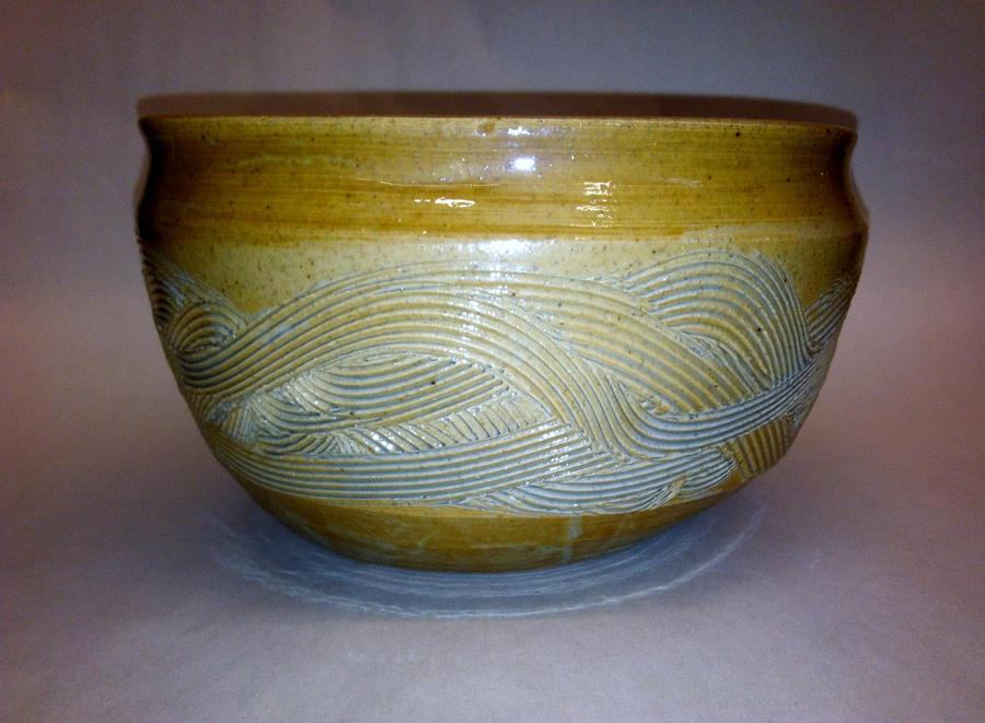 Carved waves bowl