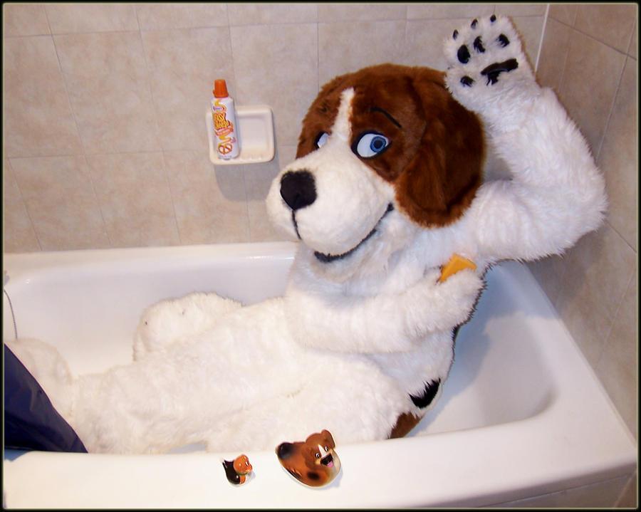 Cheesebeagle in a Tub by cheesebeagle