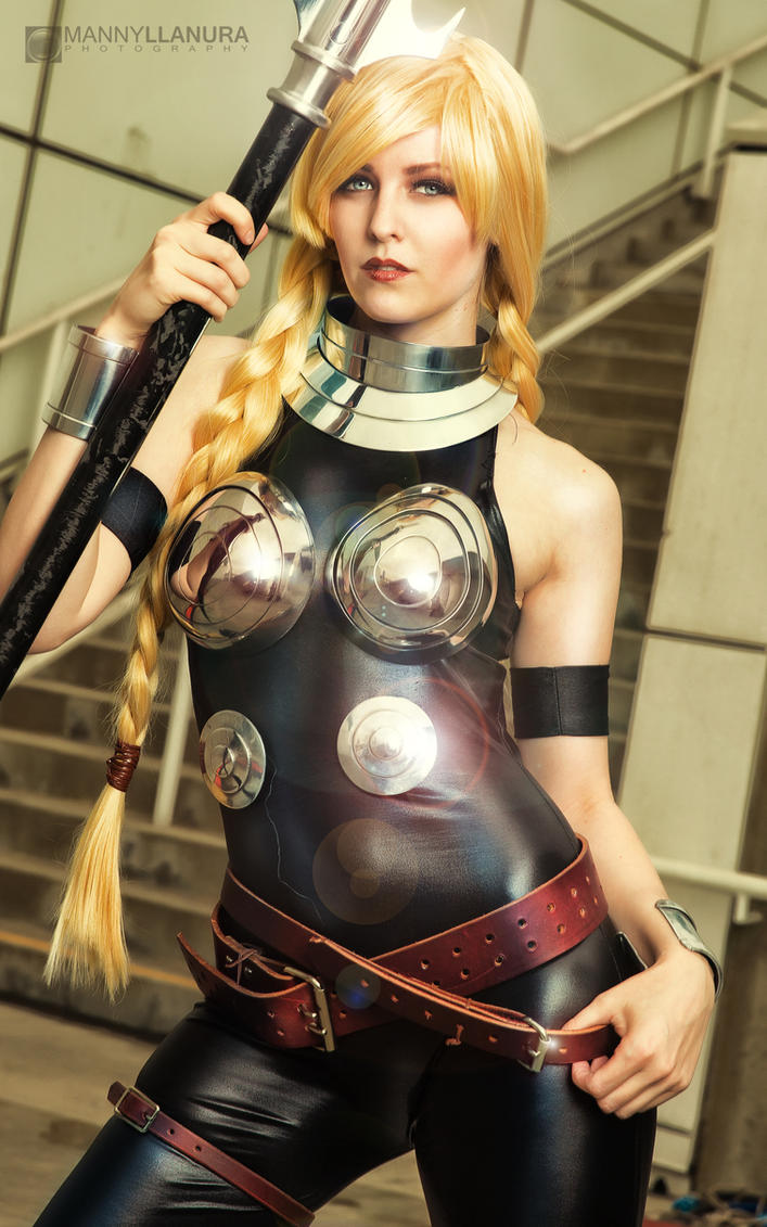 [Musas do Cosplay] Valkyrie___by_maid_of_might_cosplay_by_wbmstr-d8c14p8