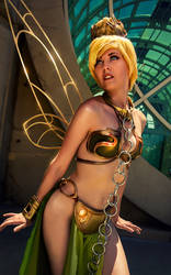 Slave Leia Tinkerbell Cosplay by wbmstr