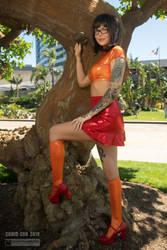 Velma Cosplay by Delia Rozse II