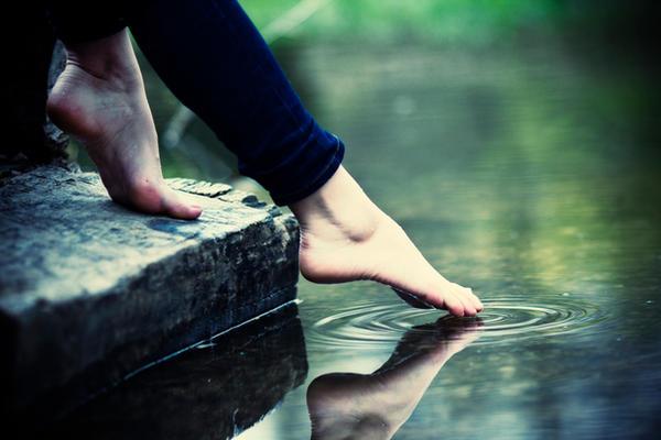 132. :Walk on water: by bittersweetvenom