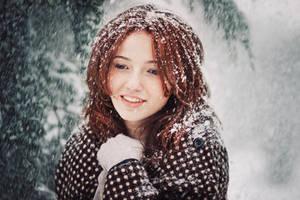 Winter Angel by bittersweetvenom