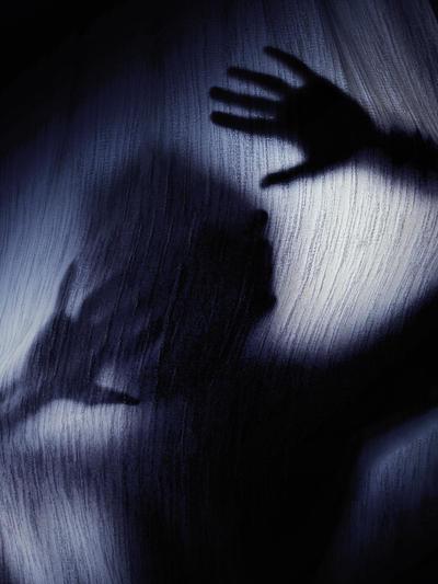 Curtain Call by bittersweetvenom