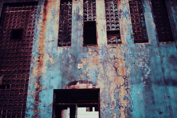 Rust and Bones by bittersweetvenom