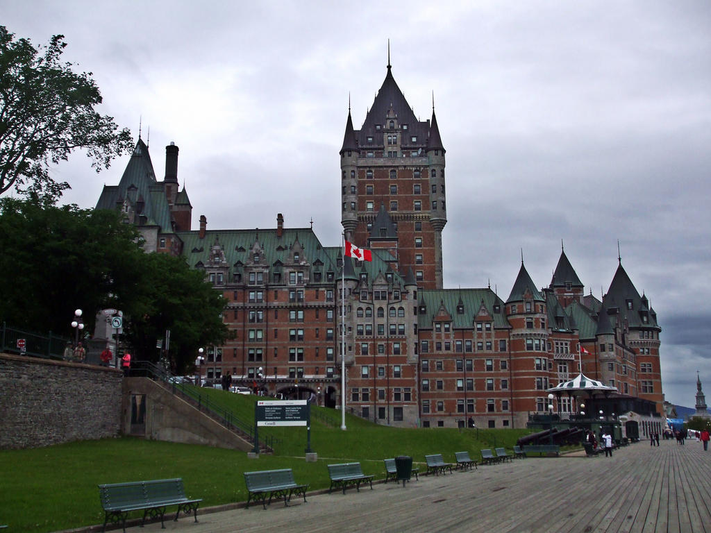 Chateau Frontenac 2 by purple-the-cactus