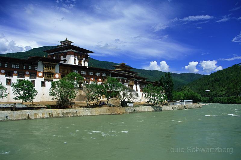 Buddhist Paradise by louieschwartzberg