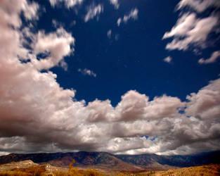 Falling into the Arizona sky by louieschwartzberg