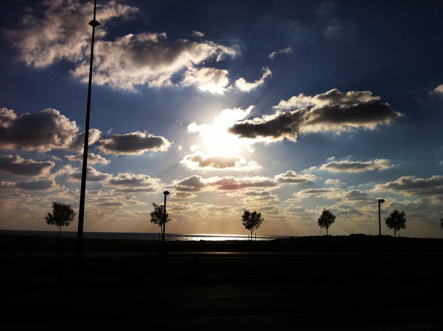 Sun by sherool10