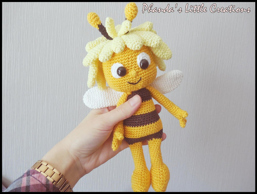 Maya the Bee by FlyNnBasS on DeviantArt