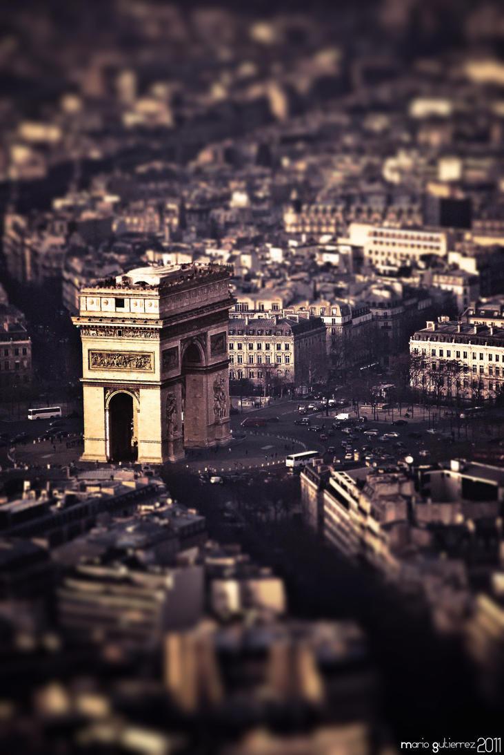 Tiny Arc de Triomphe. by MarioGuti