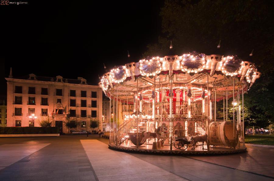 Stopped carousel. by MarioGuti