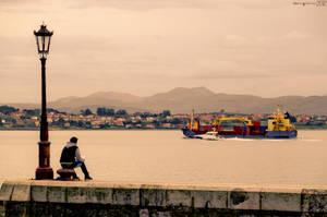 Watching the ship go by. by MarioGuti