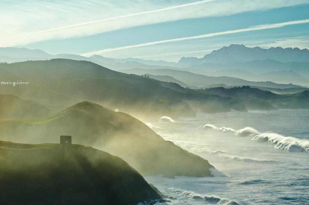 The brave sea by MarioGuti