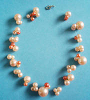 Unsymmetric pearl necklace by rascalkosher