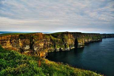 Cliffs of Moher by 1shotaway
