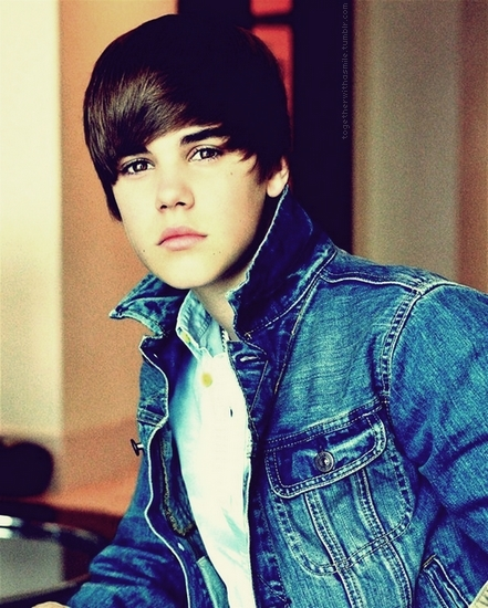 Justin Bieber 2010 Wallpaper.