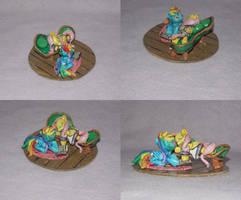 MLP FiM: Flutterdash blindbag shipping diorama! by vulpinedesigns