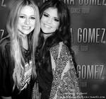Avril  Selena manip