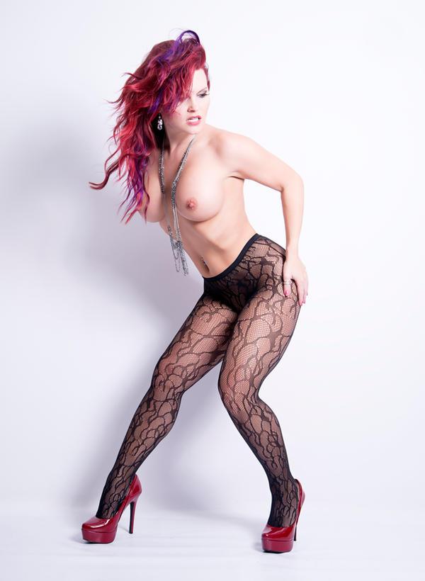 Naked Fashion - Scarlet by d2l2