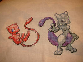 Mew and Mewtwo by Quetzal-Zotz