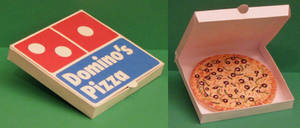 Domino's Pizza Papercraft by Tektonten