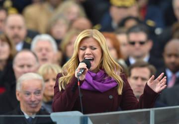 20 - Make Joe Biden happy to see Kelly Clarkson Sh by shelbymariee014