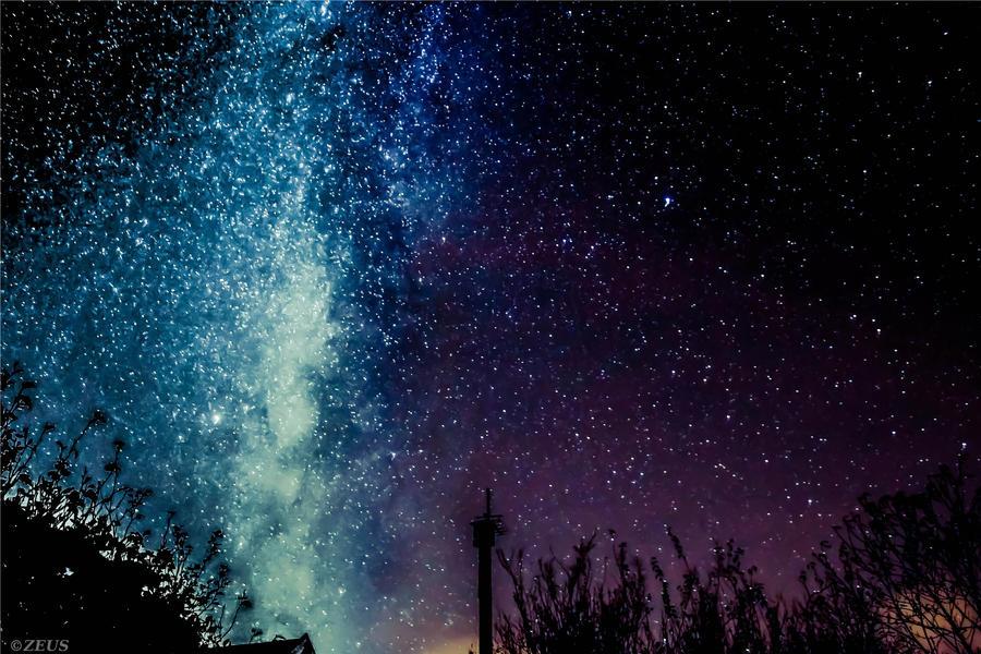 StarDust. by ZEUS1001