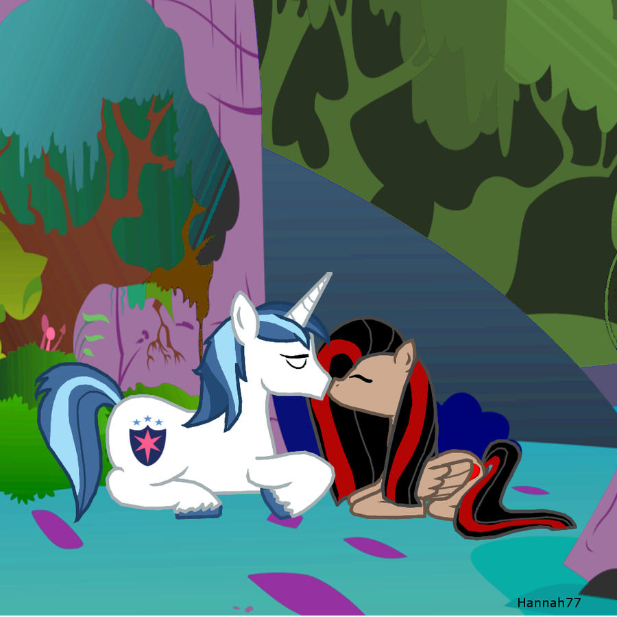 Queen Chrysalis And Shining Armor R34 Princess Cadence...