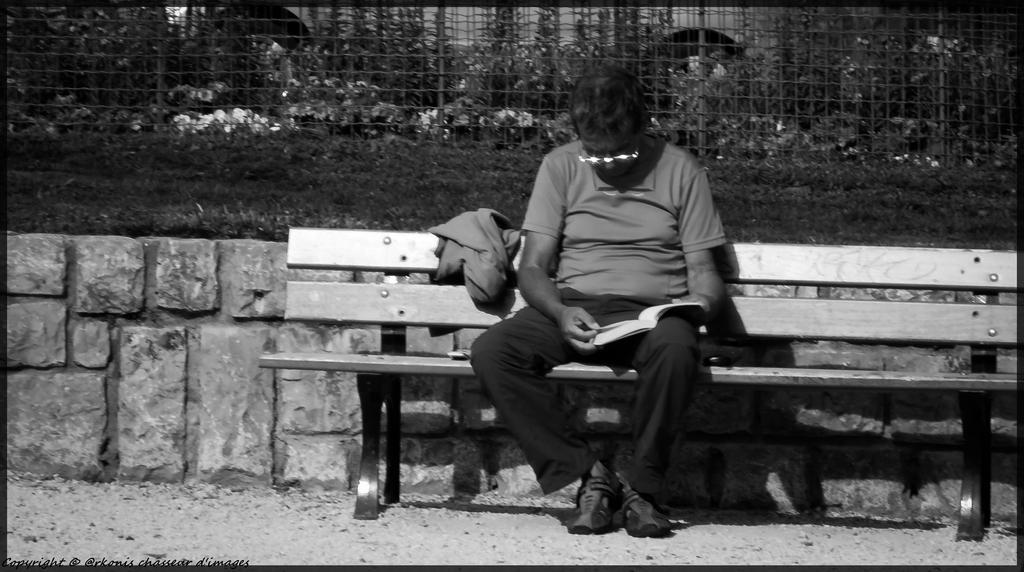 People (31) by Arkonis