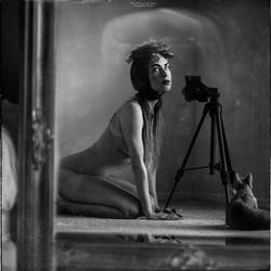 behind the scenes: mirrored self-portraits