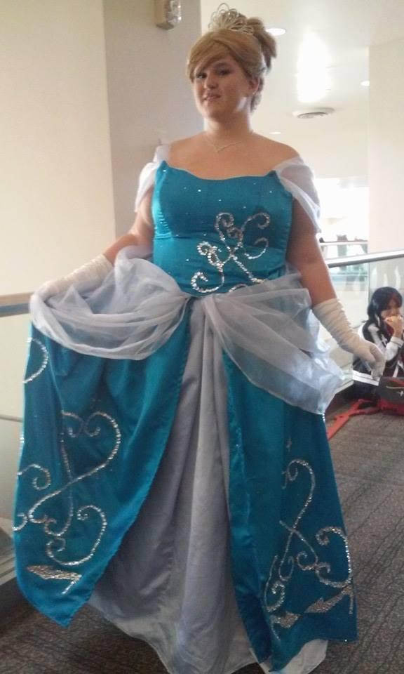 Cinderella by Iseetheevil0fearies