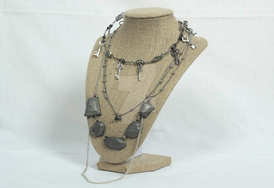 Empress of Keys Steampunk Necklace by rikuson2102