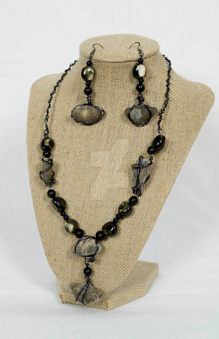 Prehistoric Fossil set Necklace and Earrings by rikuson2102